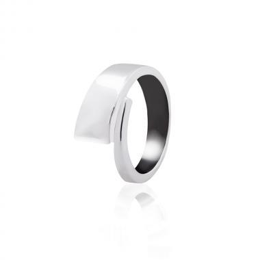Серебряное кольцо (3851)