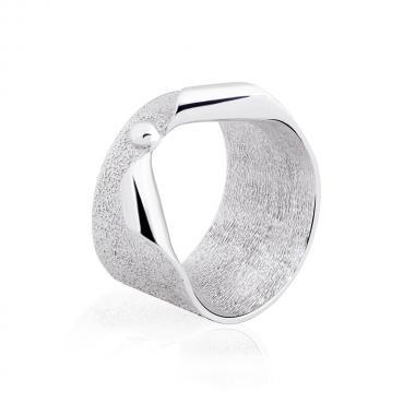 Серебряное кольцо (3927)