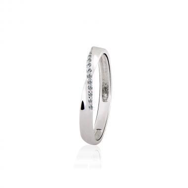 Серебряное кольцо (3929)