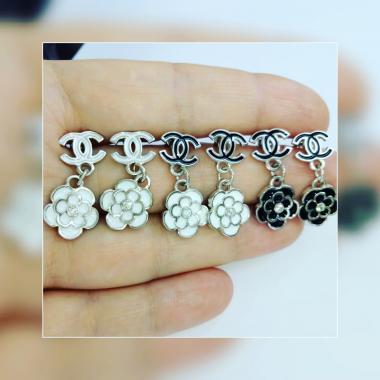 Серебряные серьги-гвоздики CHANEL (4776)